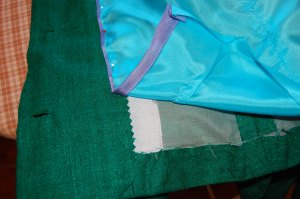 Here is the bias silk ribbon attached to the edge of the lining.