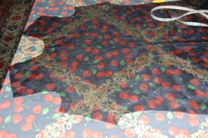This photo shows exactly how I determined where to position the design in the fabric.