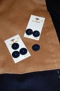 I chose these navy blue buttons for the concealed front.  They are flat, simple, and match the blue exactly.