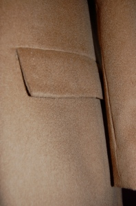 The topstitching is very subtle, but you can see it here on the pocket flap.