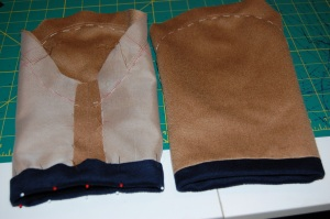 The sleeves with bands attached