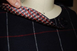 Lining the collar with silk charmeuse reduced bulk and helps it lay flat.