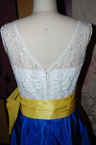 "I am very pleased that I decided to ""V"" the back of the outer bodice!"