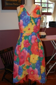 I thought the orange lining would be lovely peeking out from the dipped back hem...